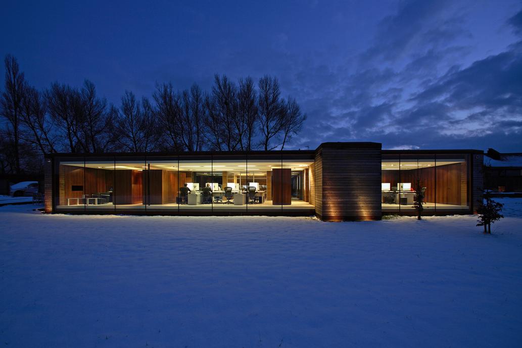 barn conversion bedfordshire long barn nicolas tye architects. Black Bedroom Furniture Sets. Home Design Ideas